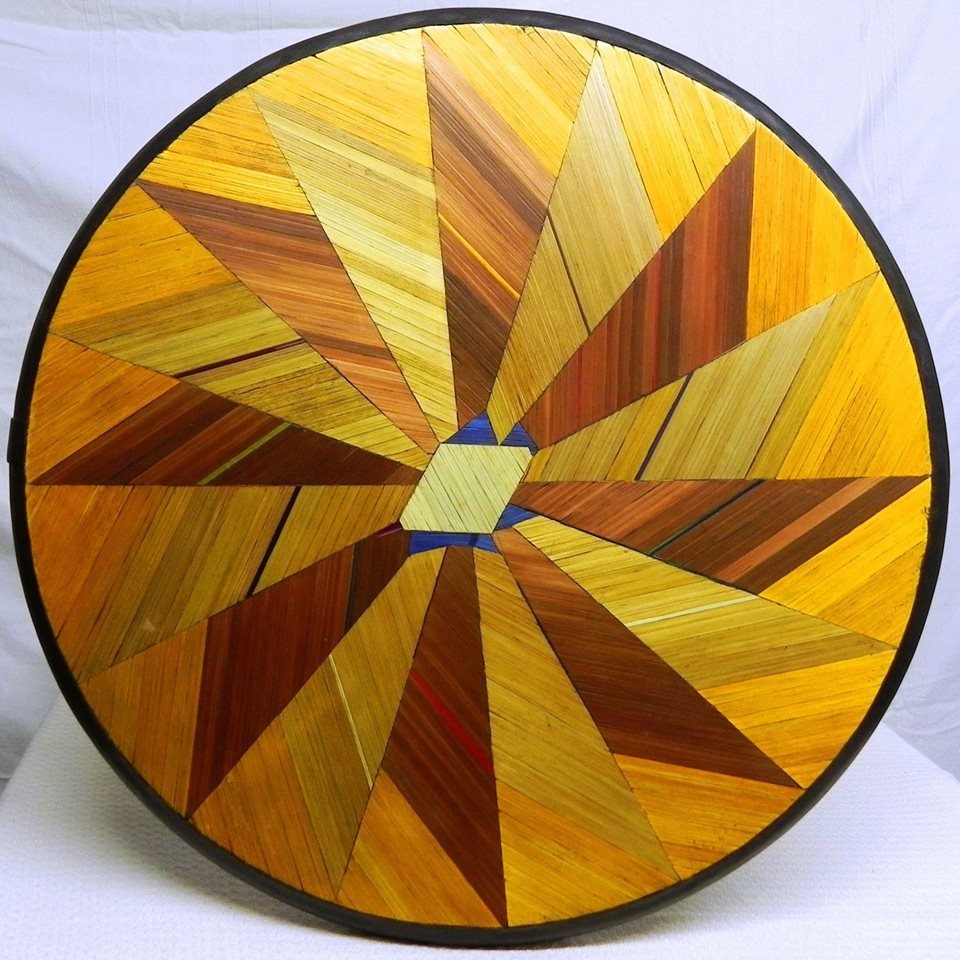 Myriam booghs straw marquetry council of europe 39 s amicale for Petites tables rondes